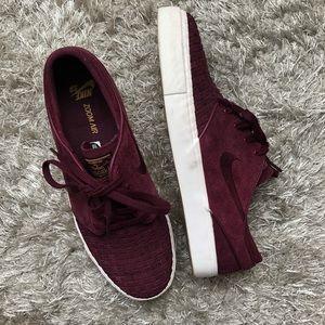 Burgundy Nike SB